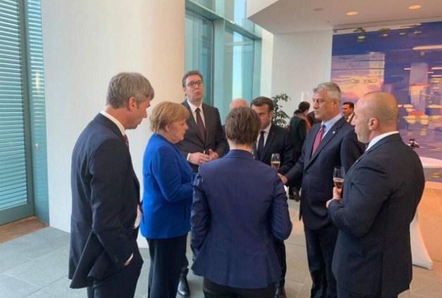 Dështon samiti i Parisit, shtyhet pa afat takimi Kosovë-Serbi