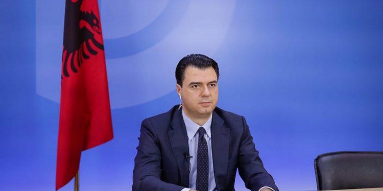Çfarë po aludon Basha i PD kur thotë se nuk do të ketë më 'opozitë që ulëret'? E kaa me Berishën apo me Metën, apo me të dy bashkë?