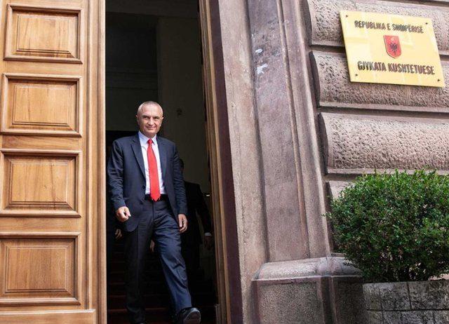 Shkarkimi i Presidentit Ilir Meta/ Gjykata Kushtetuese njofton se 'Çështja kalon në shqyrtim në seancë plenare publike!'